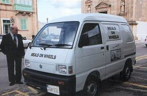 Meals-on-Wheels van